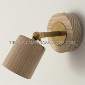 foco con palomilla de madera
